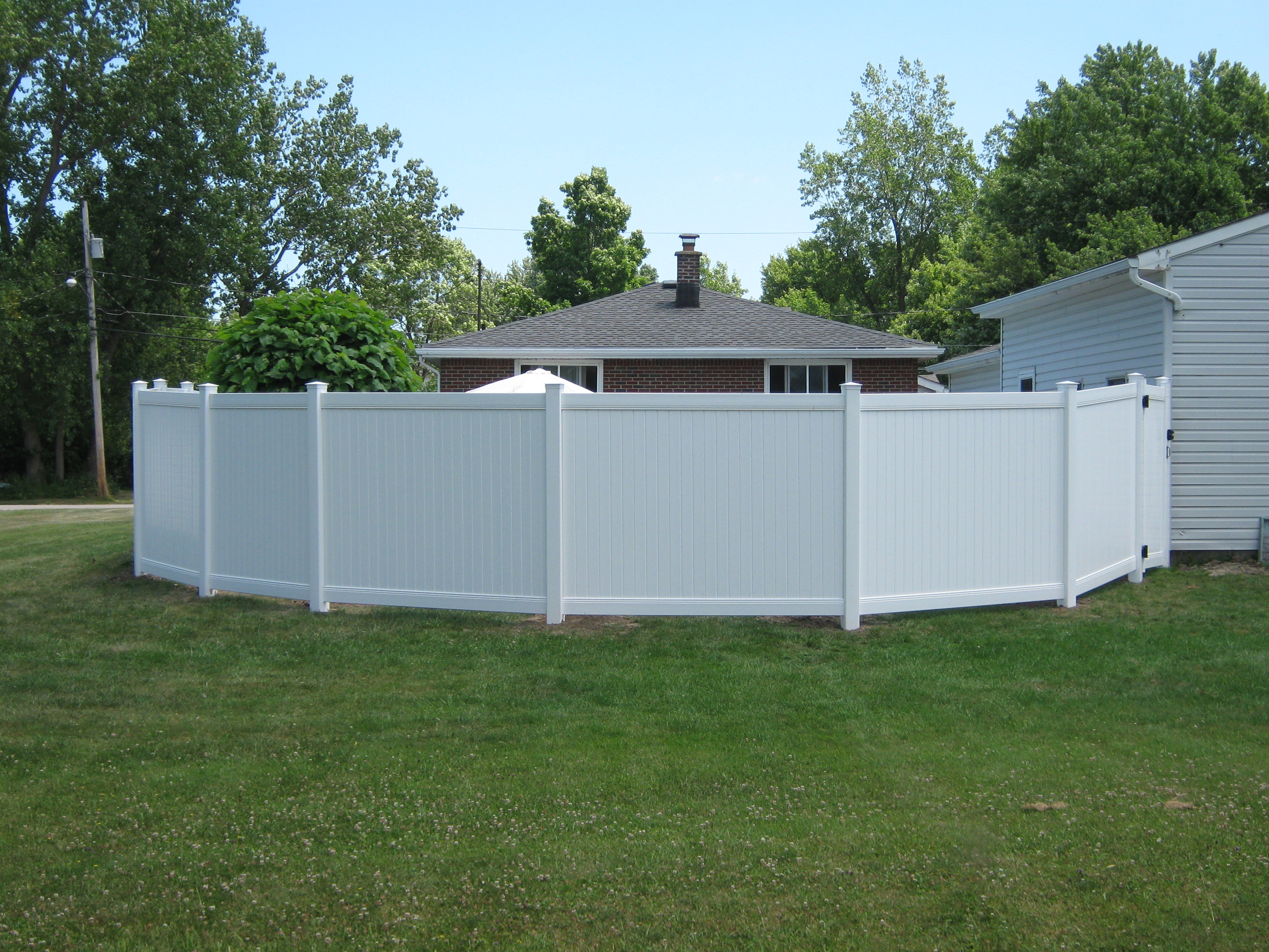 Bufftech vinyl fences sadler fence and staining llc vinyl pvc fences baanklon Choice Image